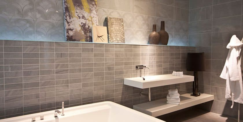 Porcelain v ceramic tiles